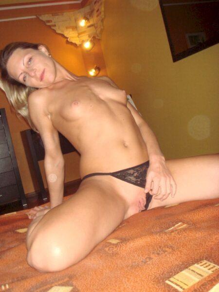 Femme sexy recherche son libertin sur Panazol