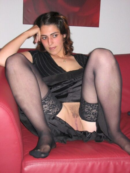 Une femme adultère sur le 84 pour vous